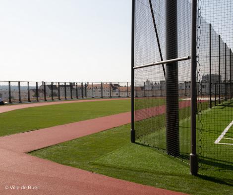 Plateau Sportif de 6 500 m² en toiture